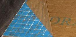 Укладка мозаики на сетку