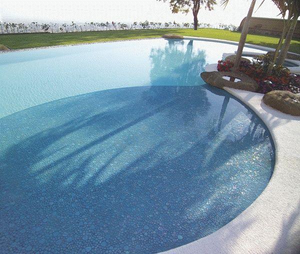 Итальянская мозаика в бассейне